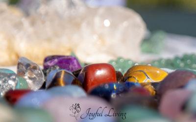 Sådan renser og oplader du dine krystaller ved fuldmåne
